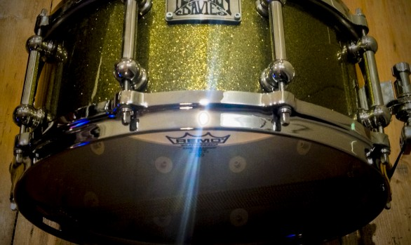 SNARE DRUM - GOLD SPARKLE LACQUER